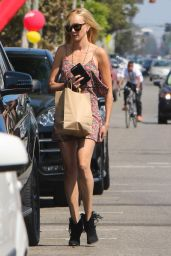 Kimberly Stewart - Out in West Hollywood 9/3/2016