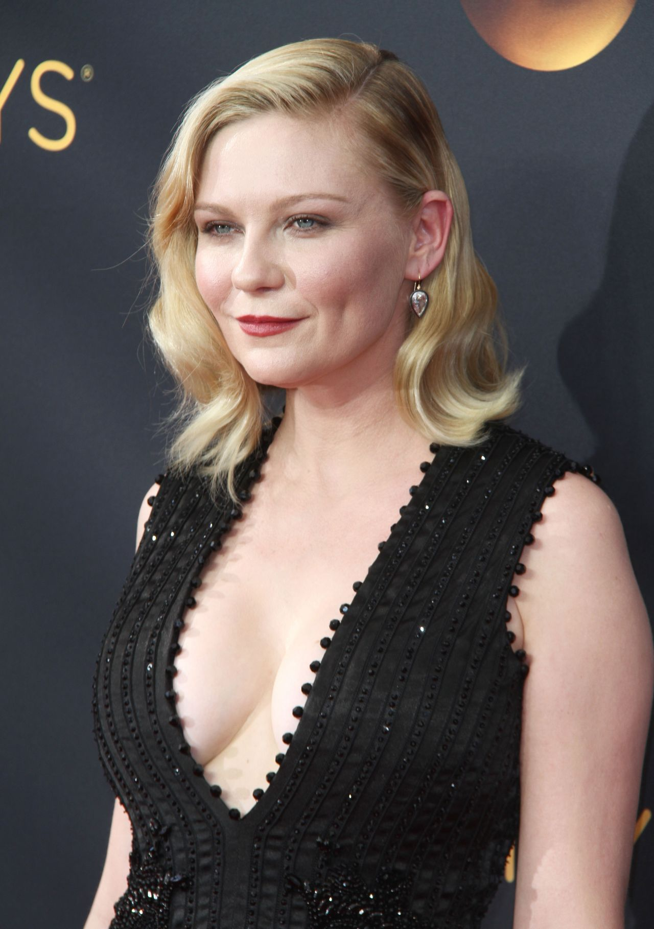 Kirsten Dunst – 68th Annual Emmy Awards in Los Angeles 09 ...