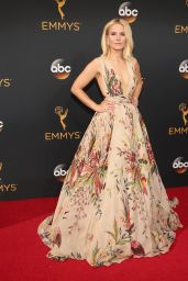 Kristen Bell – 68th Annual Emmy Awards in Los Angeles 09/18/2016
