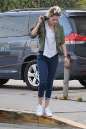 Kristen Stewart - Out For Dinner in West Hollywood 8/31/2016