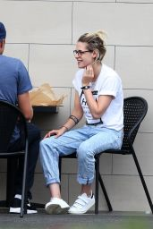 Kristen Stewart - Out in Los Angeles 9/22/2016