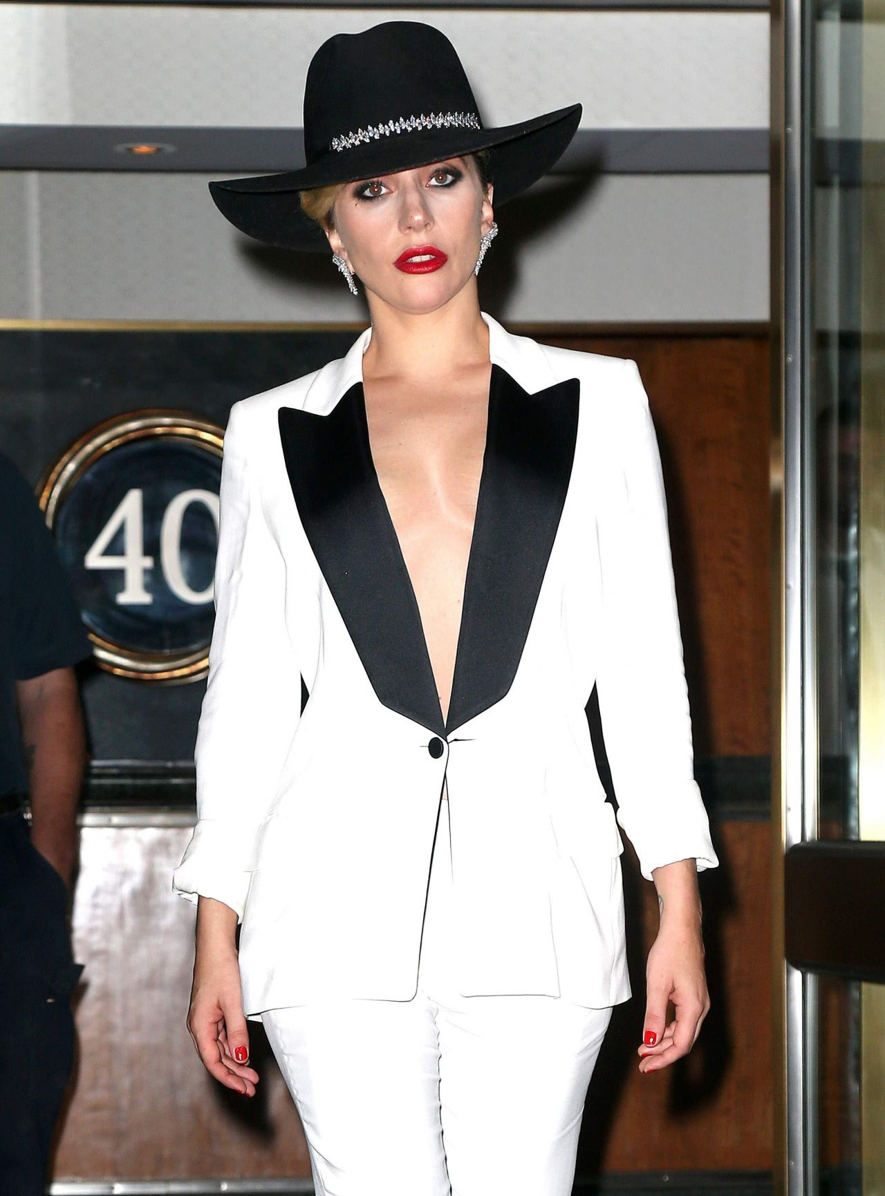 lady gaga classy fashion  out in nyc 9222016