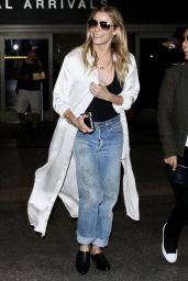 LeAnn Rimes - Departing from LAX Airport, Los Angeles 9/16/2016