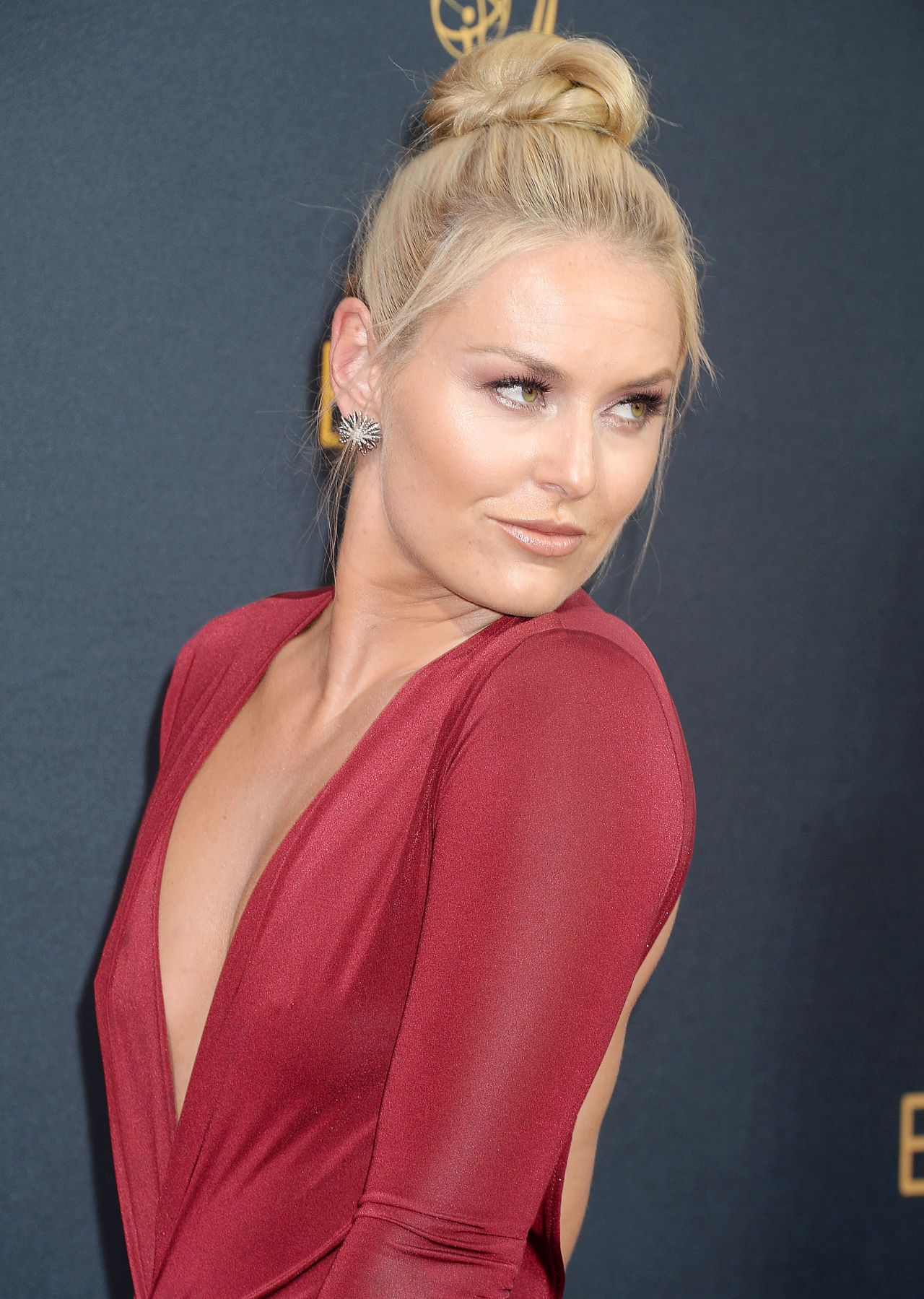 lindsey vonn � 68th annual emmy awards in los angeles 09
