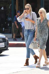 Maria Sharapova Street Style - Los Angeles 9/22/2016