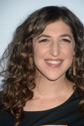 Mayim Bialik - 5th Biennial Stand Up To Cancer at Walt Disney Concert Hall in Los Angeles 9/9/2016