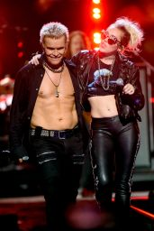 Miley Cyrus - Duet With Billy Idol at the 2016 iHeartRadio Music Festival in Las Vegas, NV 9/23/ 2016