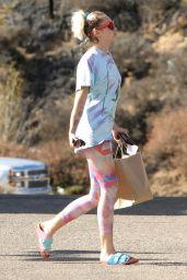 Miley Cyrus Street Style - Malibu 9/26/2016