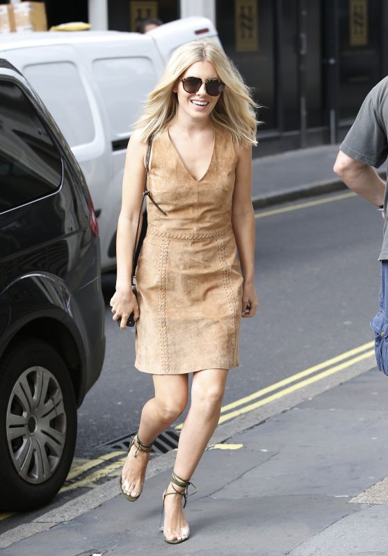 Mollie King Style - London 9/21/2016