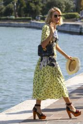 Naomi Watts - Arrive to a Private Dock in Venice, Italy 9/2/2016