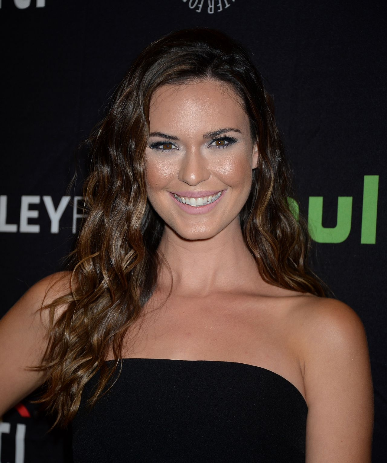 Odette Annable Paleyfest 2016 Fall Tv Preview For Cbs In