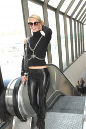 Paris Hilton Chic Outfit - LAX Airport in LA 9/7/2016