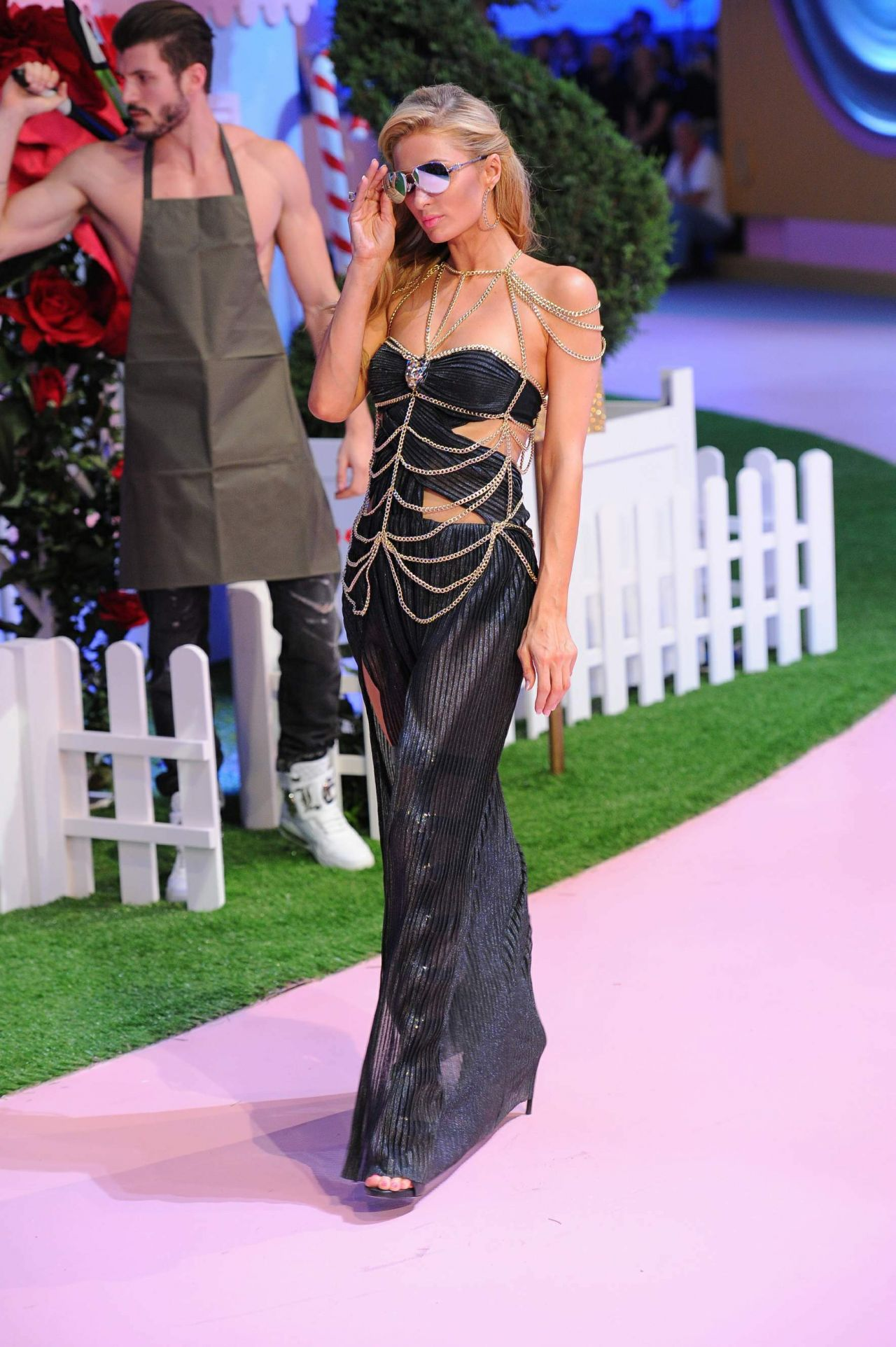 September 2016 Popsugar Must Have Box Review: Philipp Plein Show At Milan Fashion Week