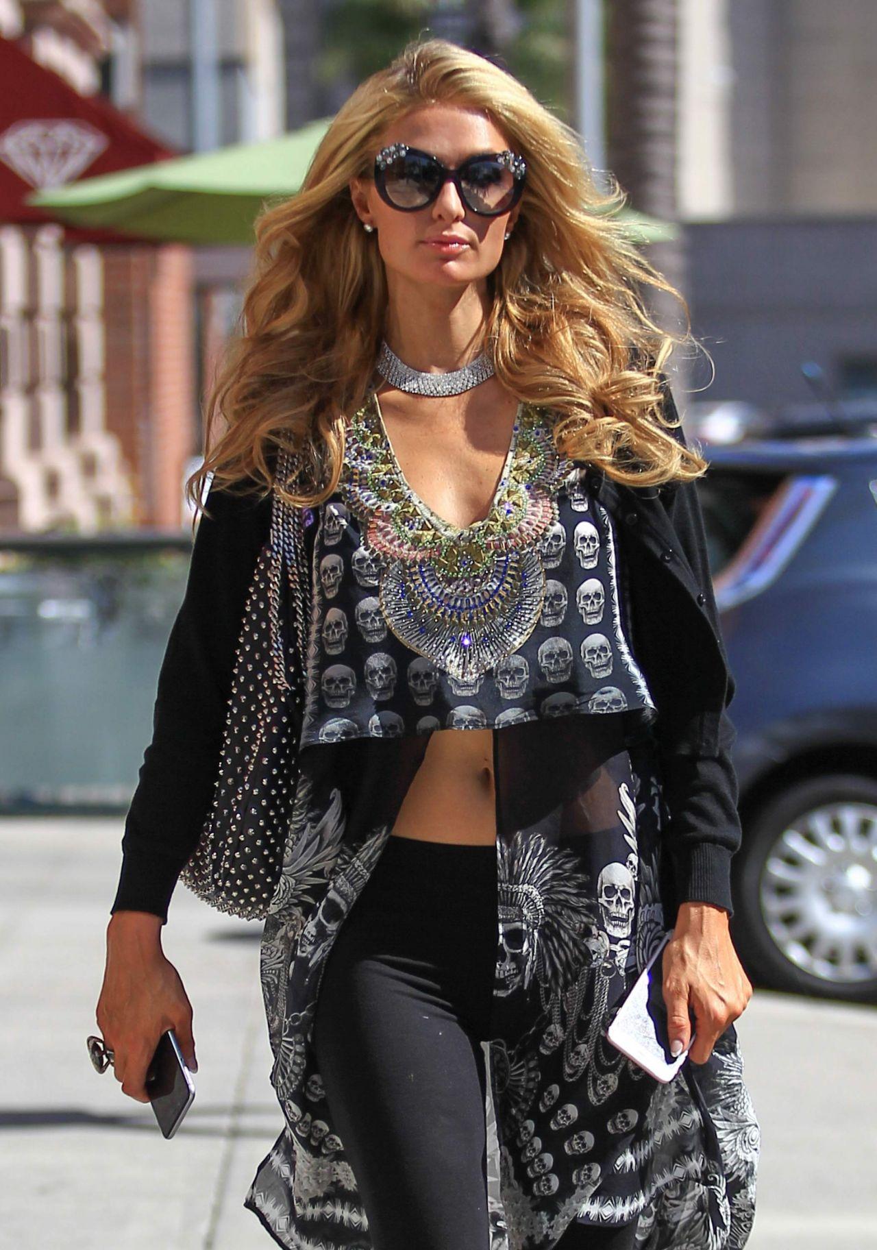 Paris Hilton Urban Outfit Los Angeles 9 6 2016