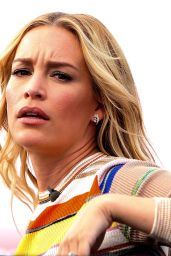 Piper Perabo Films a Live Episode of
