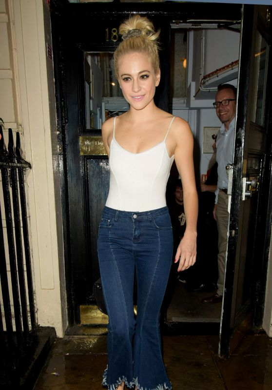 Pixie Lott - Leaving the Hayemarket Theatre in London 9/3/2016