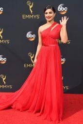 Priyanka Chopra – 68th Annual Emmy Awards in Los Angeles 09/18/2016