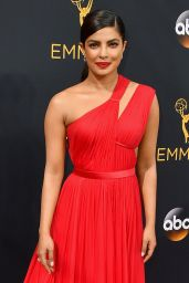 Priyanka Chopra – 68th Annual Emmy Awards in Los Angeles 09/18/2016