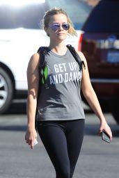 Reese Witherspoon - Leaving the Gym in Brentwood 9/15/2016