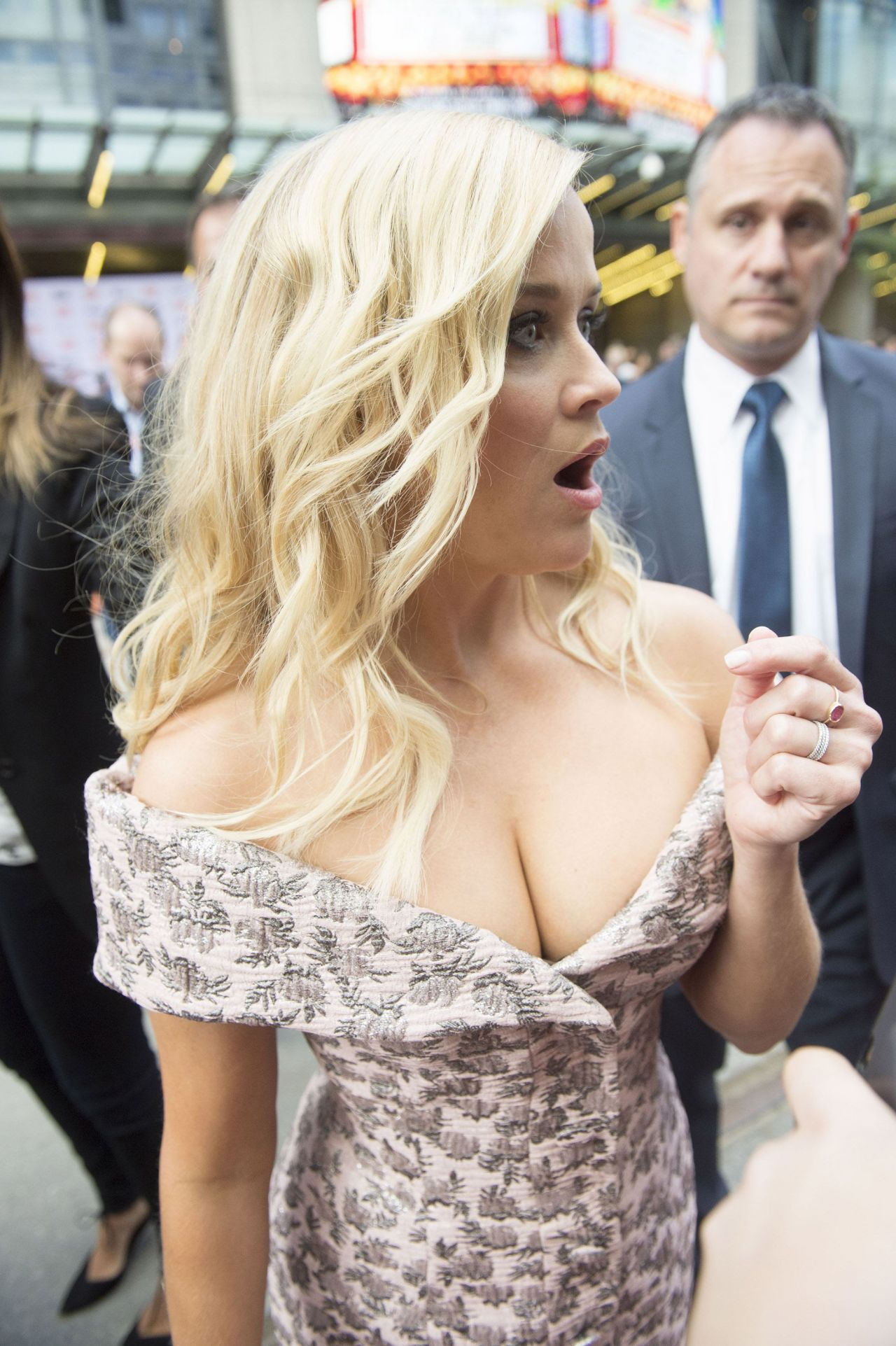 Reese Witherspoon Sing Premiere At Toronto