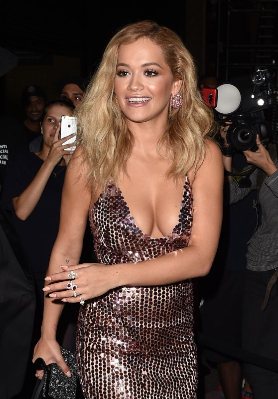 Rita Ora Classy Fashion - New York Fashion Week Tom Ford Show 9/7/2016