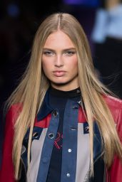 Romee Strijd - Versace S/S 2017 Show in Milan, September 2016