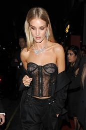 Rosie Huntington-Whiteley Arrives at the Nirav Modi Jewellery Store in London 9/19/2016
