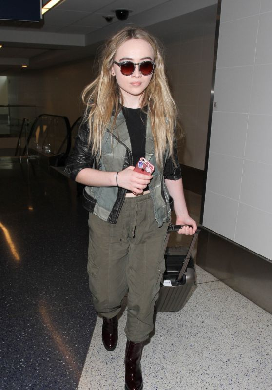 Sabrina Carpenter Commando Style - LAX Airport in Los Angeles 09/20/2016