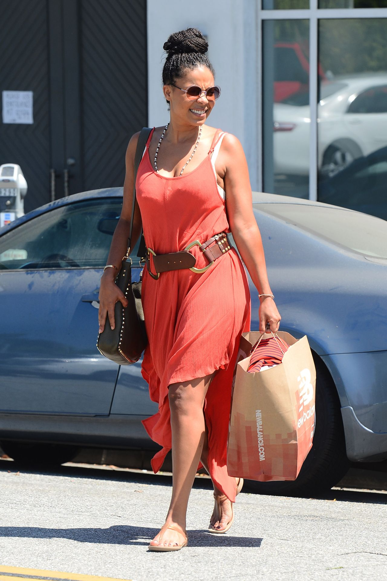Sanaa Lathan Style Shops In Beverly Hills 8 31 2016