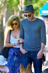 Sarah Hyland - Out for Lunch in Studio City 9/18/2016