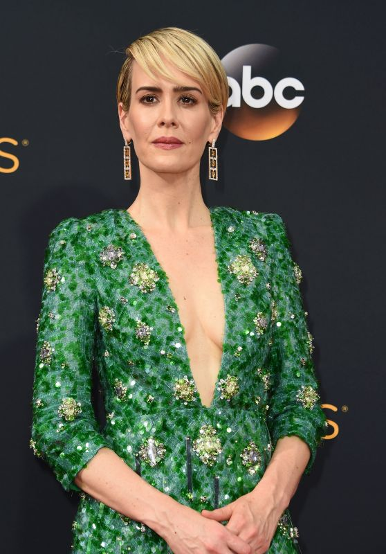 Sarah Paulson – 68th Annual Emmy Awards in Los Angeles 09/18/2016