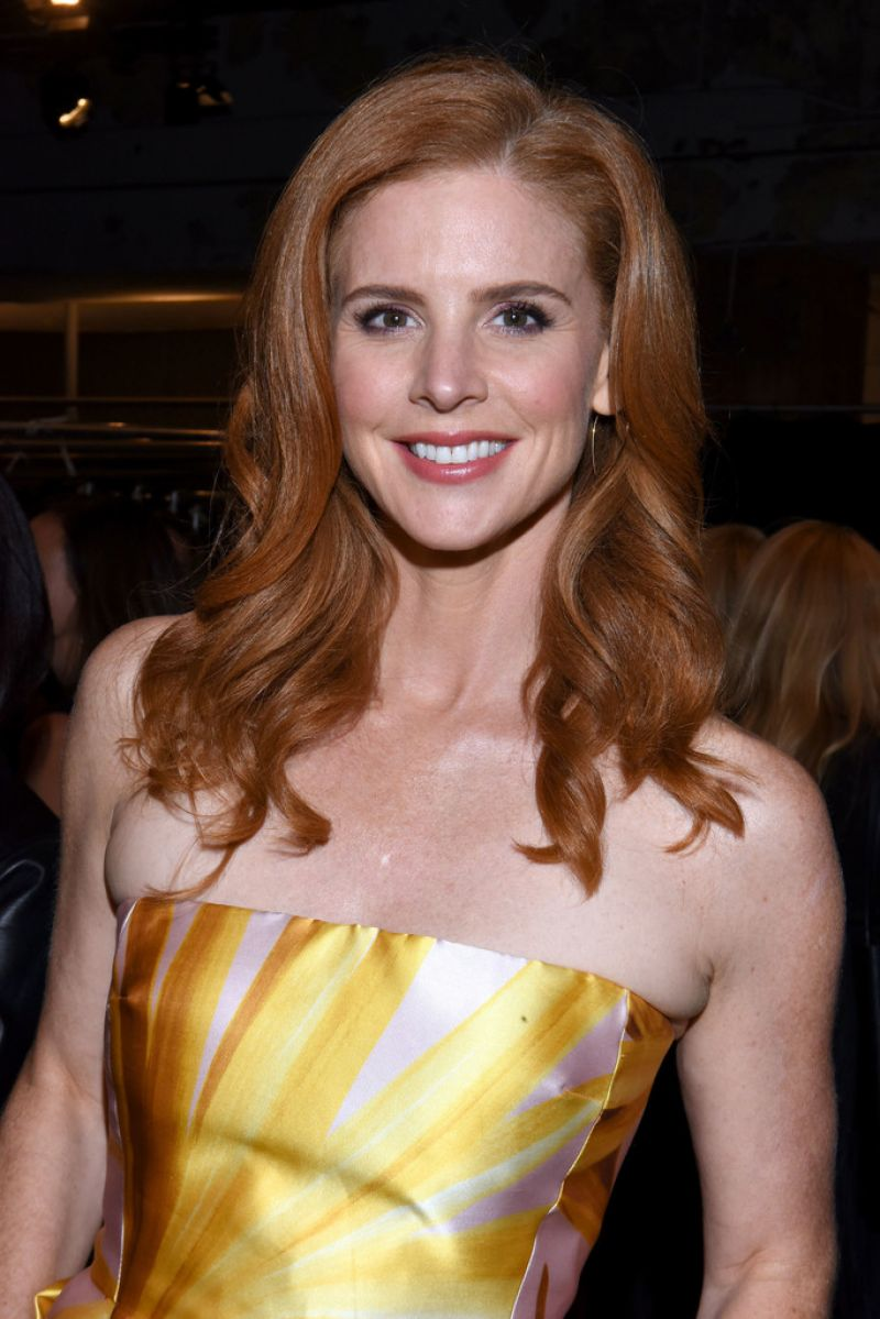 Sarah rafferty dennis basso fashion show at nyfw 09 13 2016