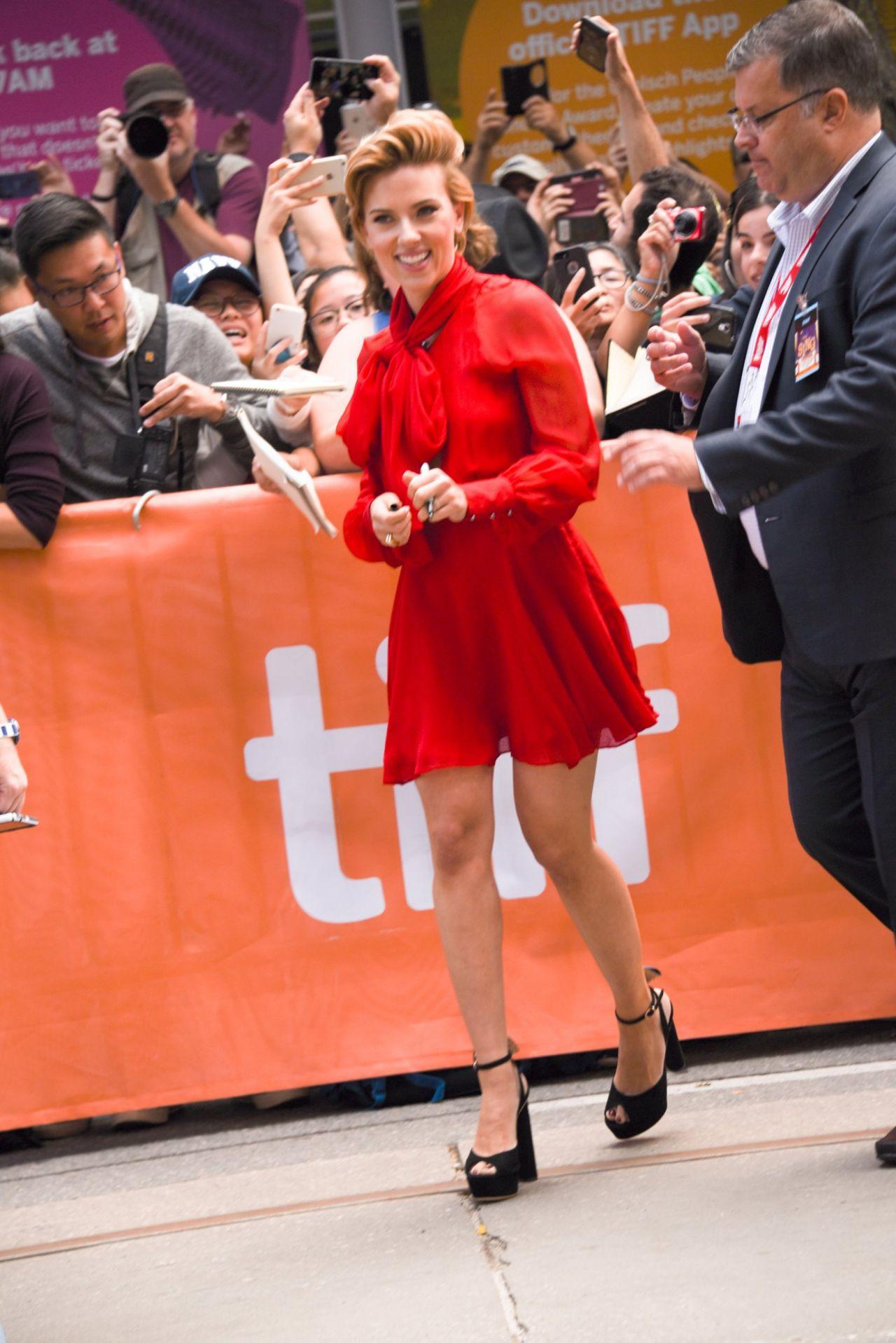 Scarlett Johansson Sing Premiere At Toronto International Film Festival 9 11 2016