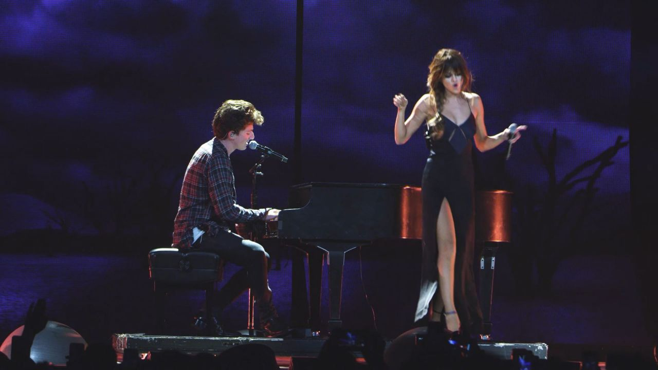 Selena Gomez Charlie Puth We Don T Talk Anymore