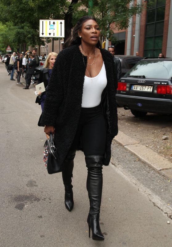 Serena Williams - Fendi Fashion Show Arrivals in Milan 9/21/2016