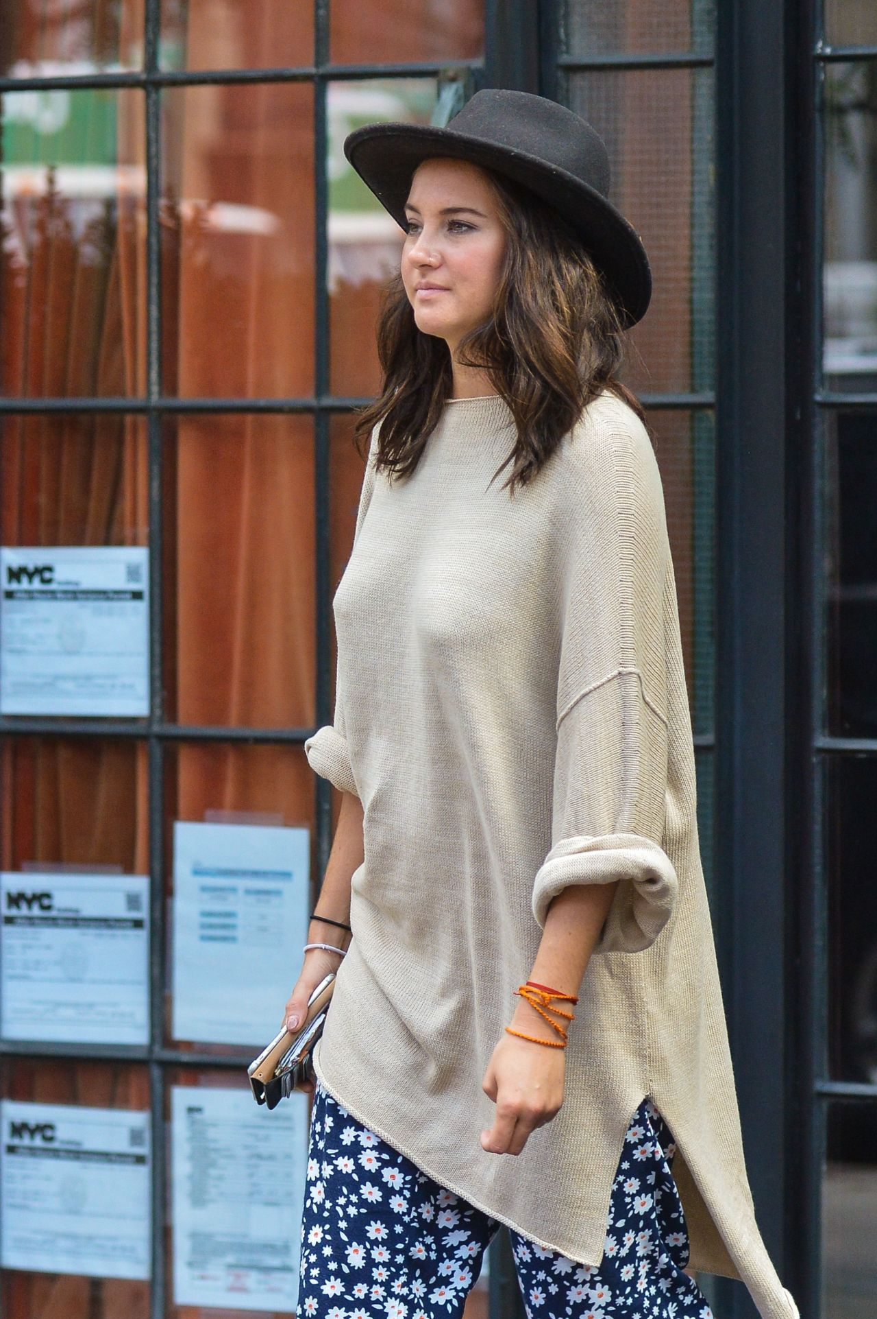 Shailene Woodley Casual Style Out In New York City 09 12