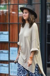 Shailene Woodley Casual Style - Out in New York City 09/12/2016