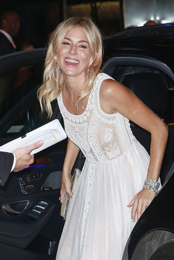 sienna-miller-cartier-fifth-avenue-mansion-reopening-party-in-new-york-city-9-7-2016-2