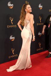 Sofia Vergara – 68th Annual Emmy Awards in Los Angeles 09/18/2016