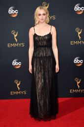 Sophie Turner – 68th Annual Emmy Awards in Los Angeles 09/18/2016