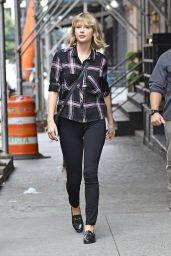 Taylor Swift Casual Style - Tribeca, NYC 9/28/ 2016