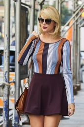 Taylor Swift Inspiring Style - Leaving Her Apartment in Tribeca 9/16/2016