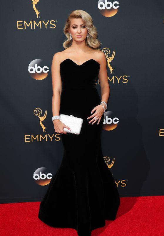 Tori Kelly – 68th Annual Emmy Awards in Los Angeles 09/18/2016