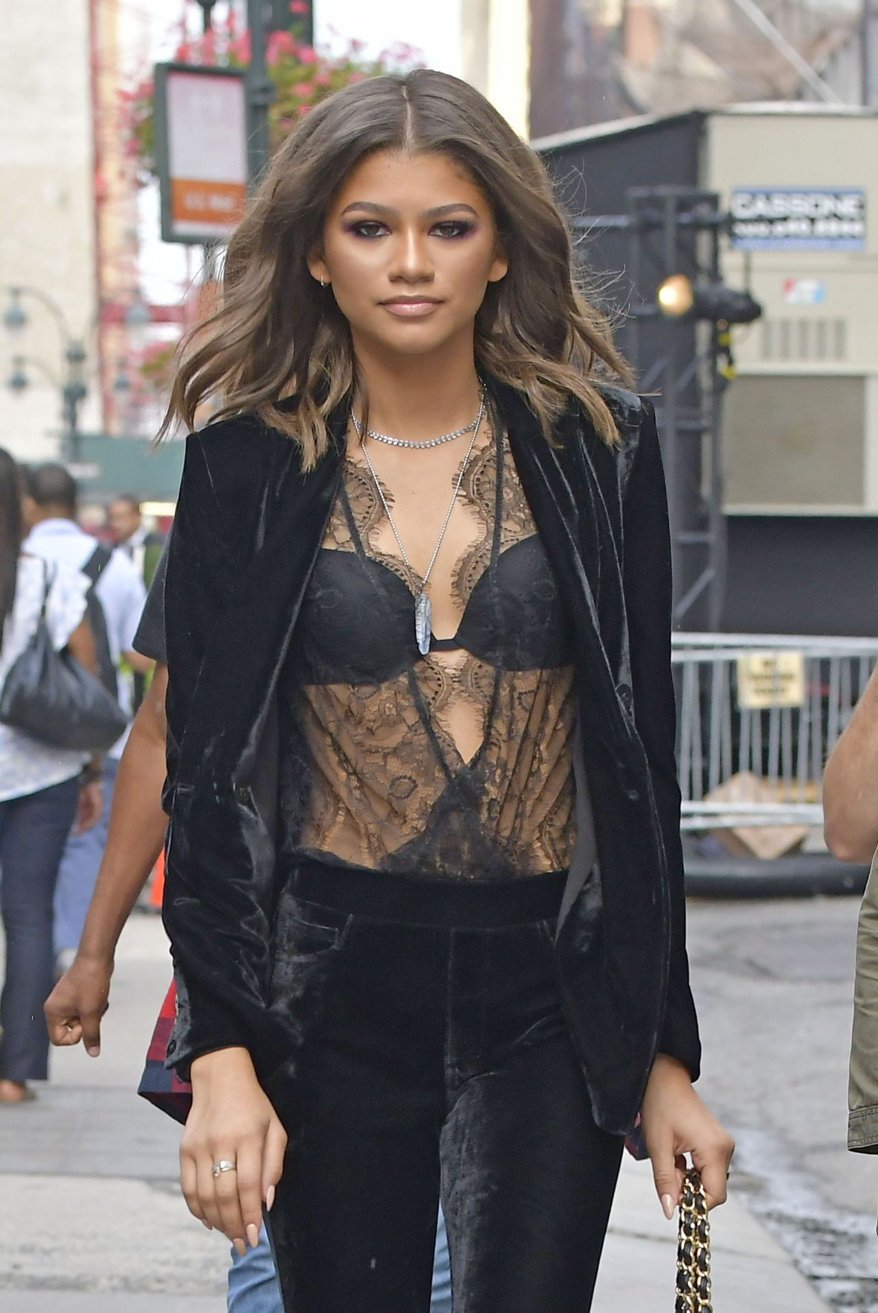 Zendaya Coleman Style Out In Nyc 9 9 2016