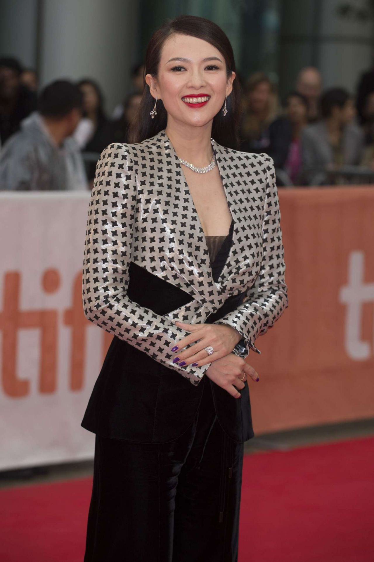 zhang ziyi red carpet 2017 - photo #13