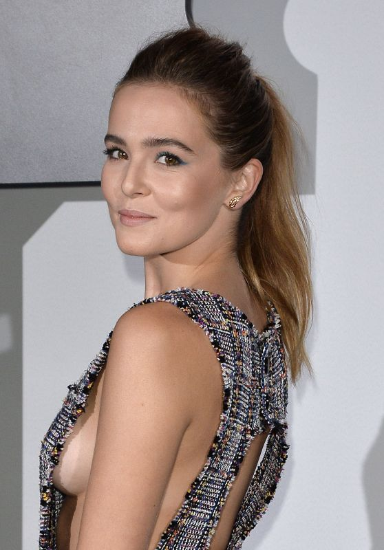 Zoey Deutch - Chanel Celebrates the Launch of