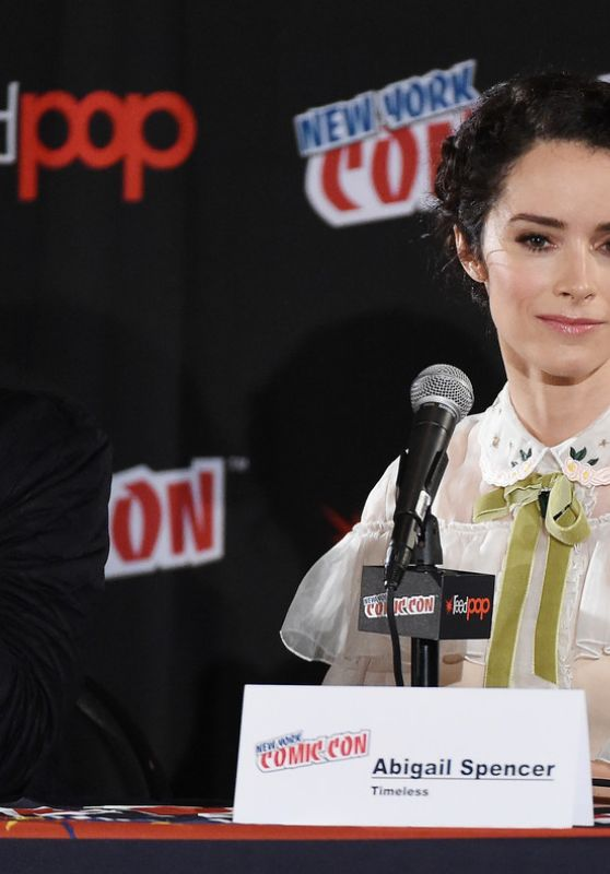 Abigail Spencer - Timeless Panel at New York Comic Con 10/9/2016