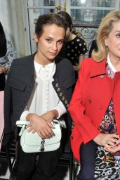 Alicia Vikander at Louis Vuitton Show - Paris Fashion Week 10/05/2016