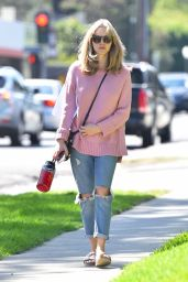 Amanda Seyfried in Ripped Jeans - Out in Los Angeles 10/10/2016