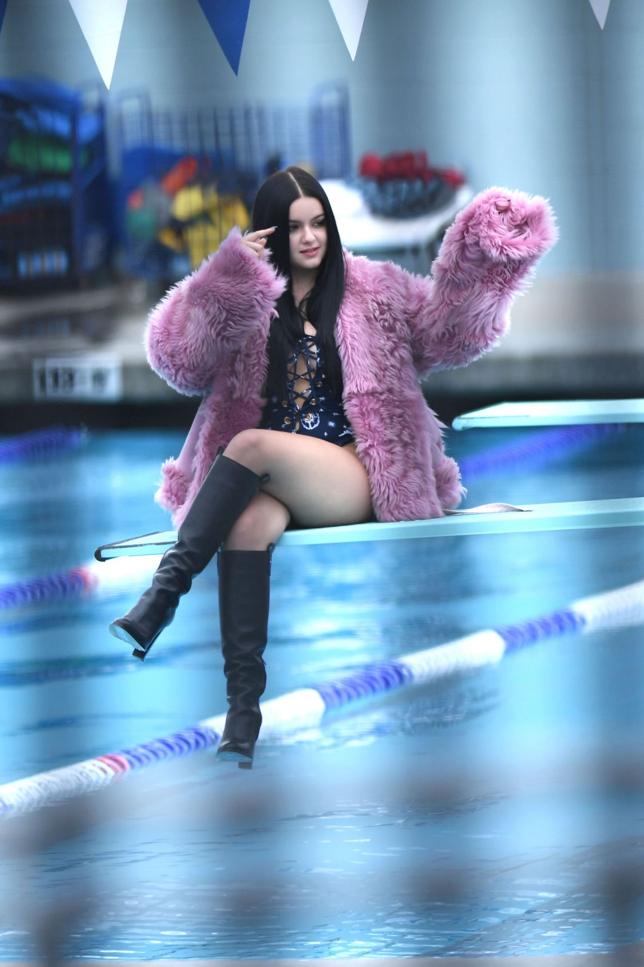 ariel winter photoshoot in los angeles 1029 2016